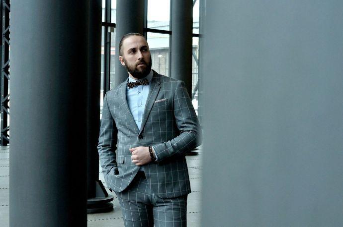 Herrenfliege oder Krawatte zum Anzug