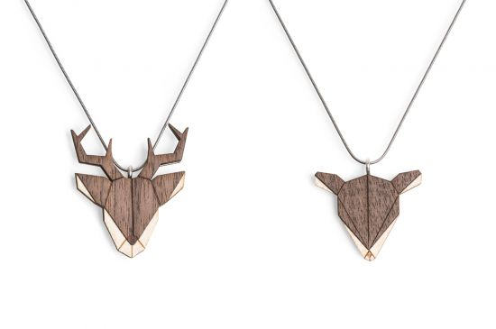 BeWooden - 0 Deer & Doe Pendant Set