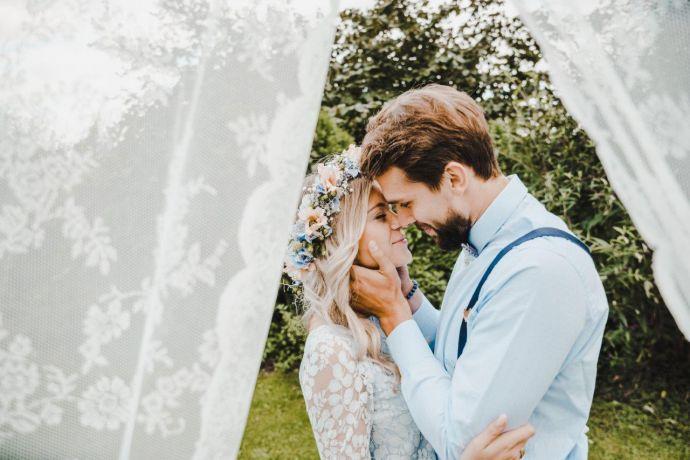 Wie Du Deine Vintage Hochzeit Feiern Kannst Bewooden