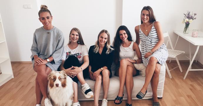 Teamfoto der Marketing-Damen