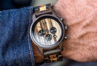 Die richtige Pflege für deine Holz Armbanduhr