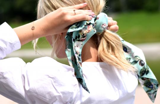 Stylische Schals