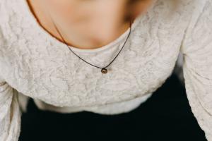Apis Nox Necklace Circle