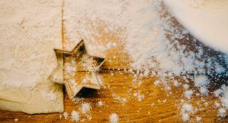 Wie wird Weihnachten in den Ländern gefeiert, in denen BeWooden tätig ist?