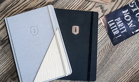 notebook_blue_and_black_bewooden_2